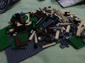 LEGO Bricks udah di buka semuanya siap di buat jadi Starbucks