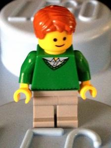 Anak muda pakai baju hangat hijau