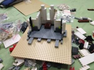 20 menit kemudian mulai disatukan dengan LEGO base nya