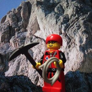 Naik gunung yukkkk :)