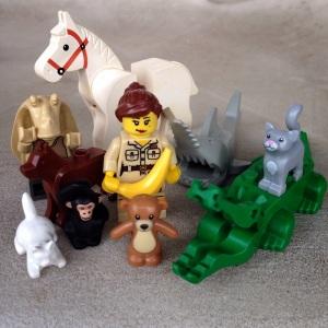 Penjaga kebun binatang dan teman-temannya :)