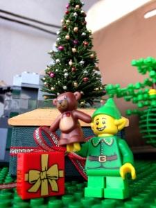 Wah udah siap2 Natal ajahh :)