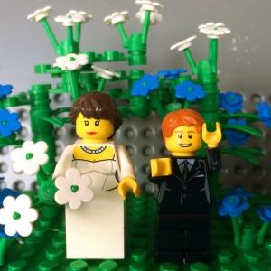 wahh ada yang baru menikah nih :)