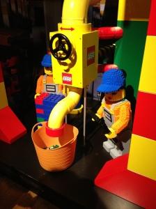 nahh disini hasil akhir LEGO Bricksnya dibuat nih :)