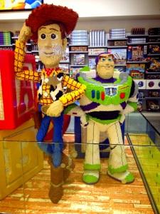 Dan pastinya ada Toy Story; Woody dan Buzz :)