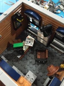 inilah kantor detective's office nya.
