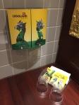 Kamar mandinya pun dengan tema LEGO :)