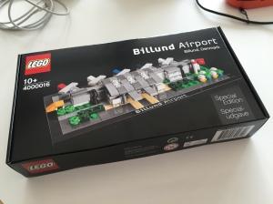 Inilah set yang cuman di jual di Airport Billund :)